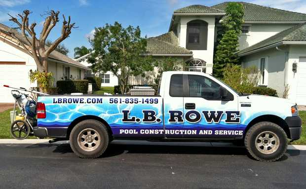 Residential & Commercial Pool Service